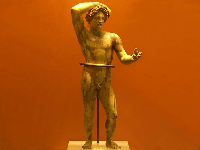 PICT16957ac Ivory Statuette of Apollo Lykeios 3th Century A.C