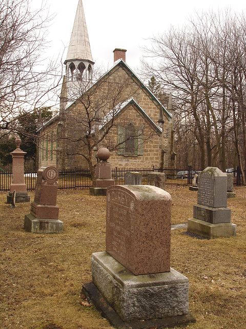 Cimetière et église  / Church and cemetery