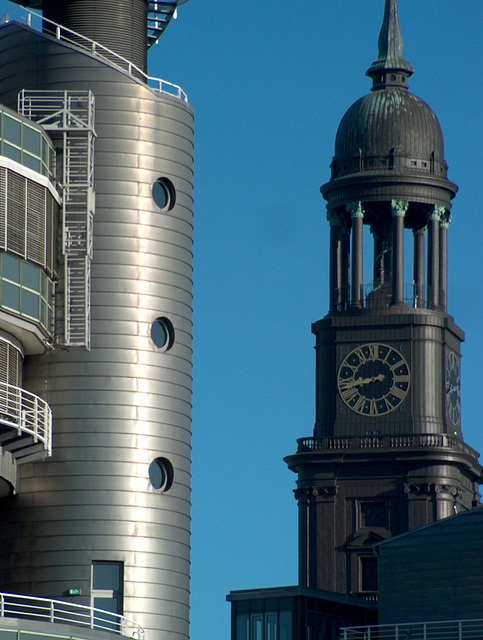 Türme (Gruner & Jahr neben St. Michaelis - Hamburg)