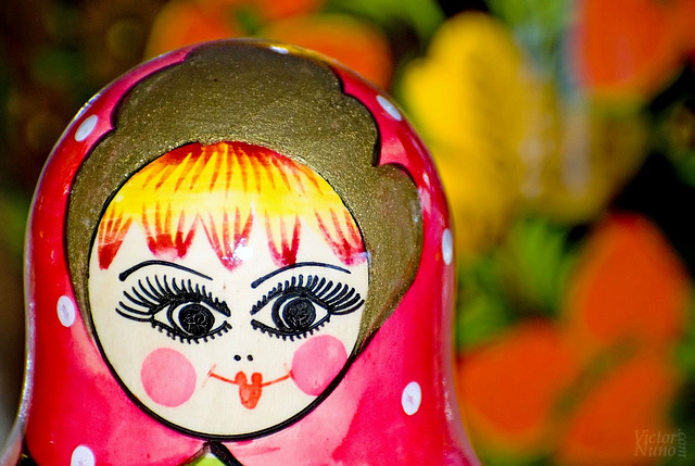 The smile of the matryoshka / La sonrisa de la matrioshka
