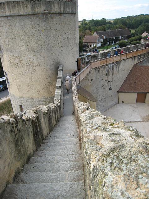 Château de Blandy - Chemin de ronde