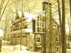 Maison luxueuse / Luxurious house.  St-Benoit-du-lac. Québec. CANADA.- Sepia