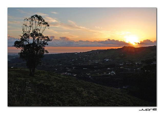 Amanecer en Firgas (Gran Canaria)