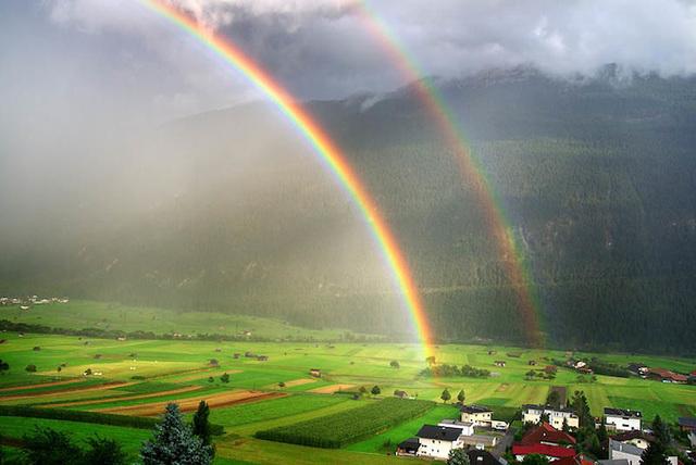 Arco Iris Después  De Una lluvia