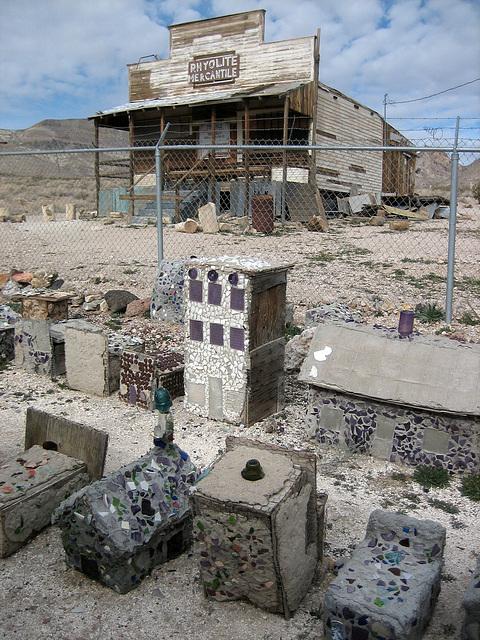 Rhyolite Bottle House (8675)