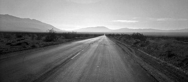 Death Valley - Route 190 (8597)