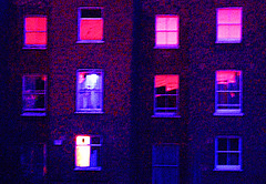 Red windows -rote Fenster - fenetres rouges