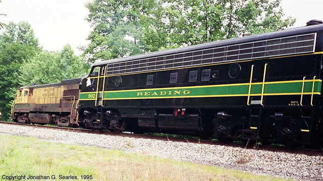 Ex-Reading #902, Picture 2, West Leesport, PA, USA, 1995