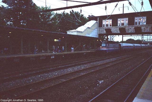 Amtrak #910 Arriving At Lancaster, PA, USA, 1995