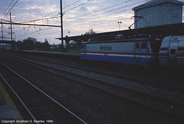 Amtrak #910, Picture 3, Lancaster, PA, USA, 1995