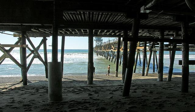 Under San Clemente Pier (7018)
