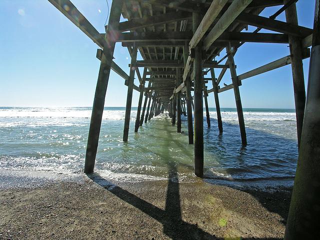 Under San Clemente Pier (7020)