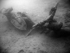Unterwasserschrott IV- Scrap underwater IV