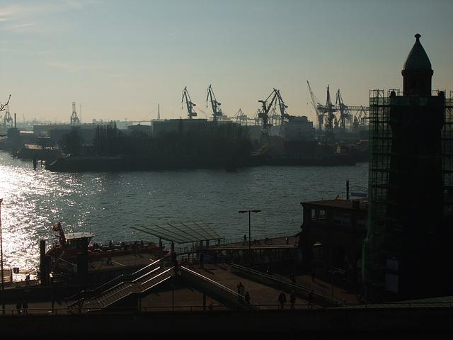 St. Pauli Landungsbrücken, Hamburg / DSCF1473