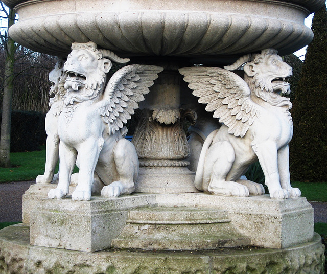IMG 3624 Winged lions