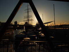Landungsbrücken, morgens um 8:34 h / DSCF1542