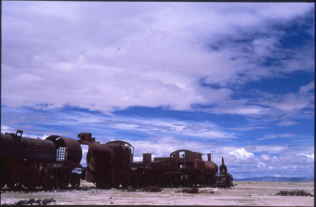 uyuni 04 -cementerio de trenes
