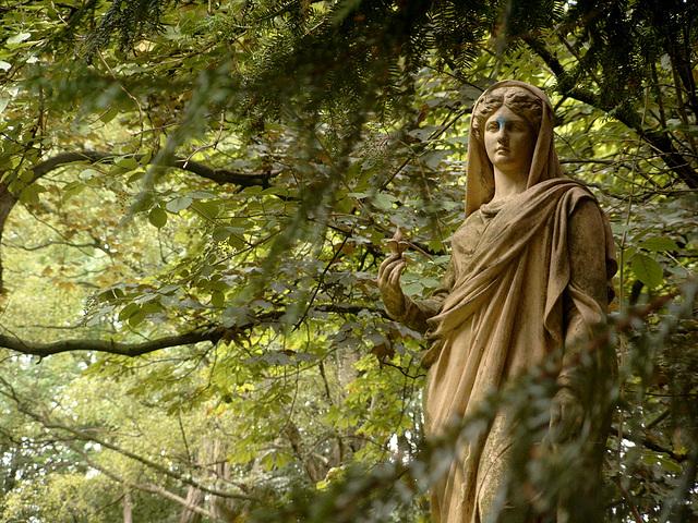 lindener bergfriedhof -juli