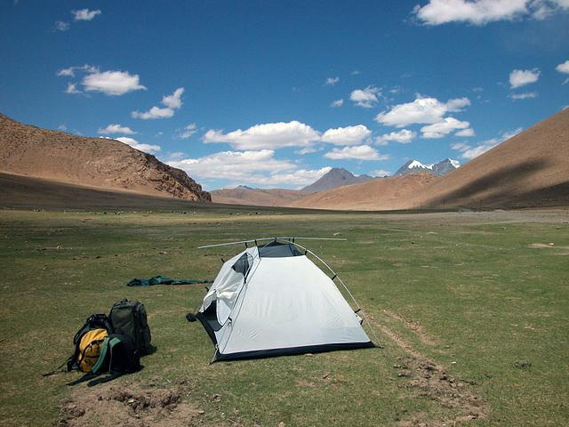 Fix my tent in Nyalam