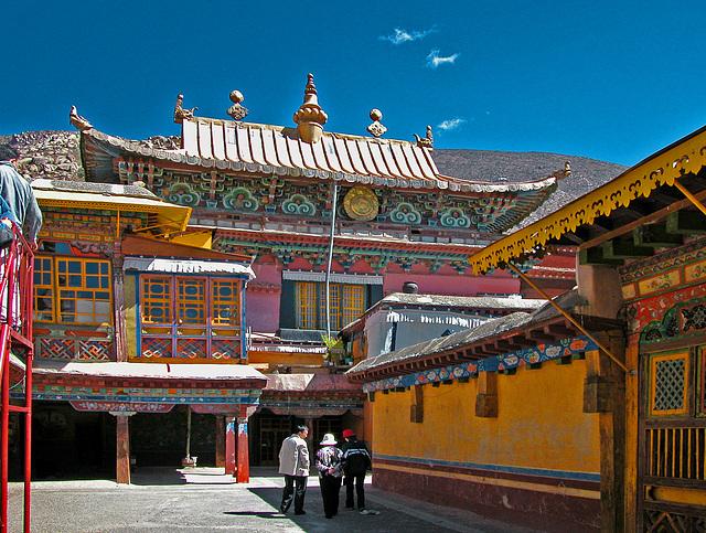 Drepung Monastery 3 km outside Lhasa