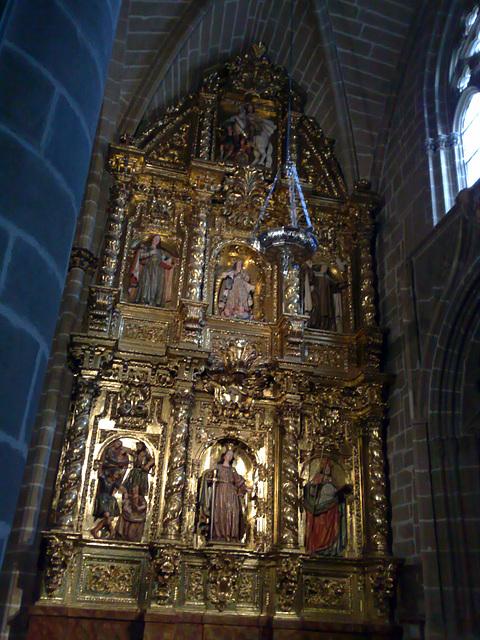 Catedral de Pamplona: Retablo.