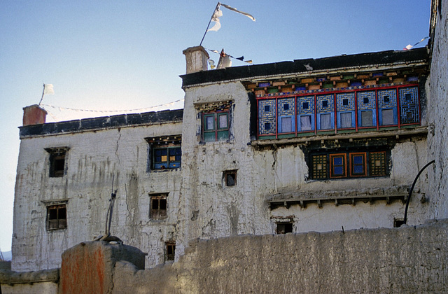 Kings Palace in Mustang
