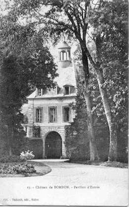 Chateau de Bombon - Pavillon d'entrée