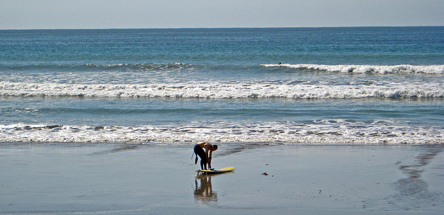 Ky Going Surfing (1318)