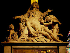 PICT0184ac ND Paris Pieta