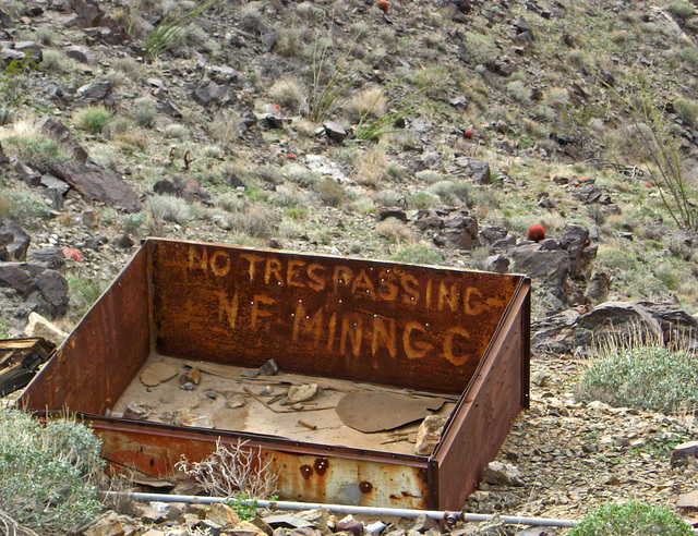 No Trespassing NF Mining Co (1453)