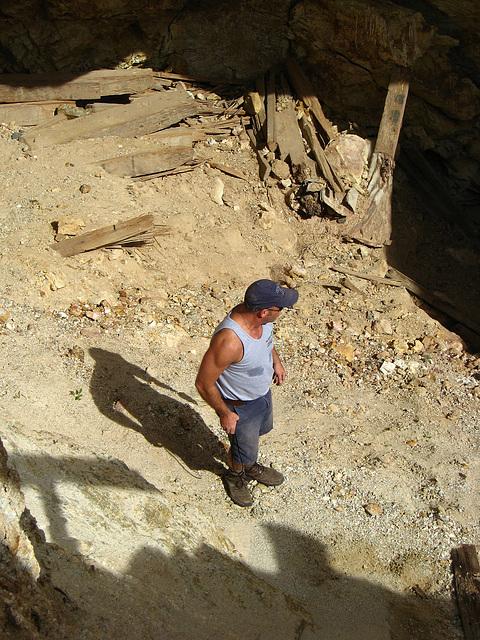Pete in Red Cloud Mine (1420)