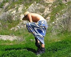 Ky Doing Towel Dance (1325)