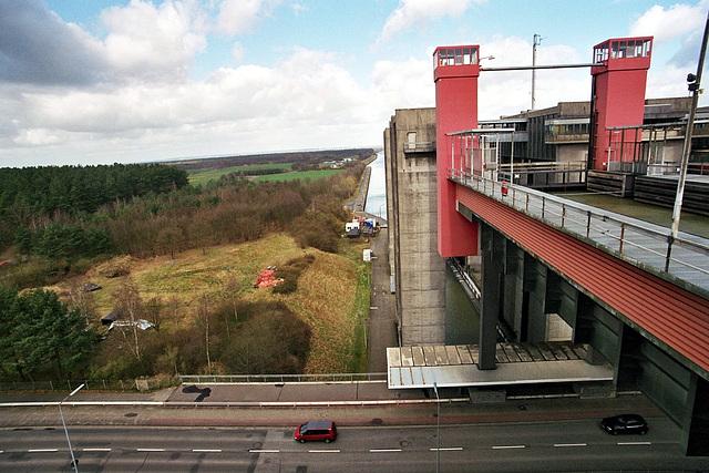 Schiffshebewerk in Scharnebeck / Ship lift near Lüneburg