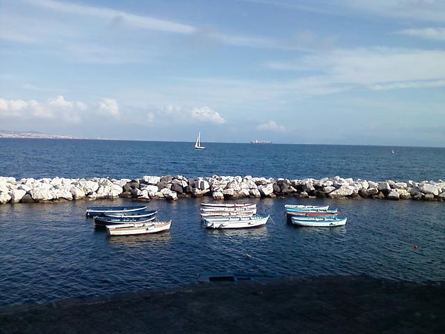 Barche a Santa Lucia (Napoli)