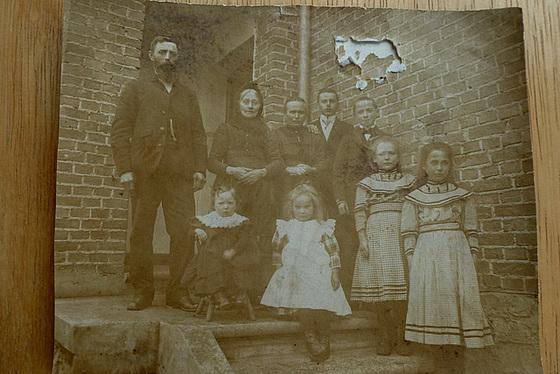 Um 1910 - Die Familie meiner Mutter - la familio de mia patrino