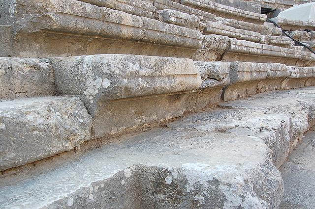 Romaj ŝtuparoj en Aspendos