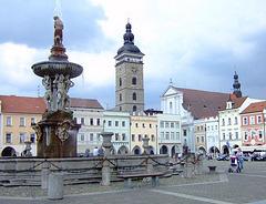 České Budějovice (Ĉeĥio) - ĉefurbo de Sudbohemia regiono České Budějovice (ĉefplaco)