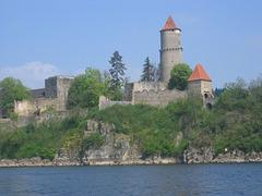 Zvíkov - Reĝo de bohemiaj burgoj (Medieval castle Zvíkov in South Bohemian Region, Czech Republic)