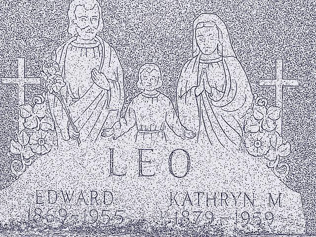 Immaculate heart of Mary cemetery - Churubusco. NY. USA.  March  29th 2009-  Mine de plomb colorisé en bleu /  Lead colorized in blue