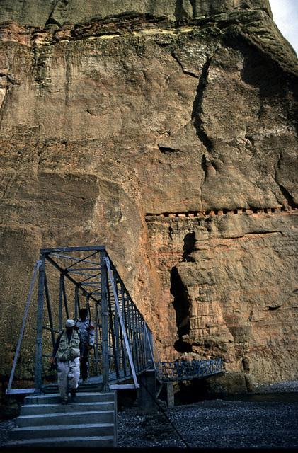 Across the Kali Gandaki river