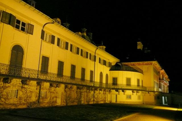 Wasserpalais Pillnitz am Abend