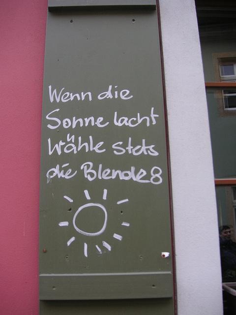 rideti - schmunzeln - sourire - smile