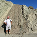 I Pose With Seismic Feature (7168)