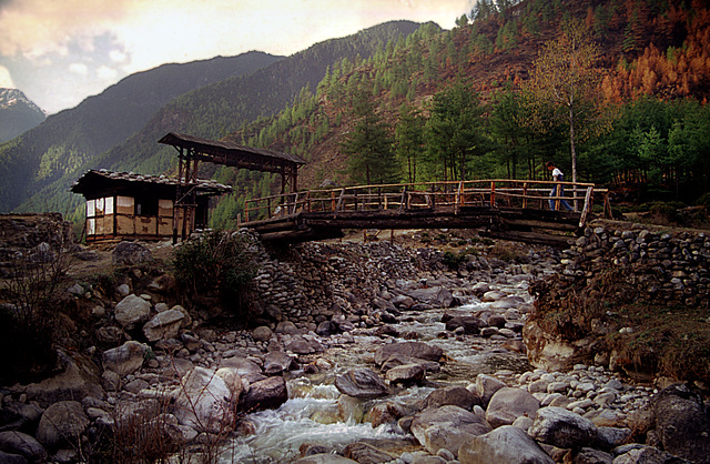 Across the Paro river
