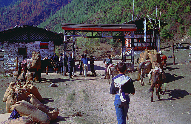 A checkpoint on the way to the Chomolhari
