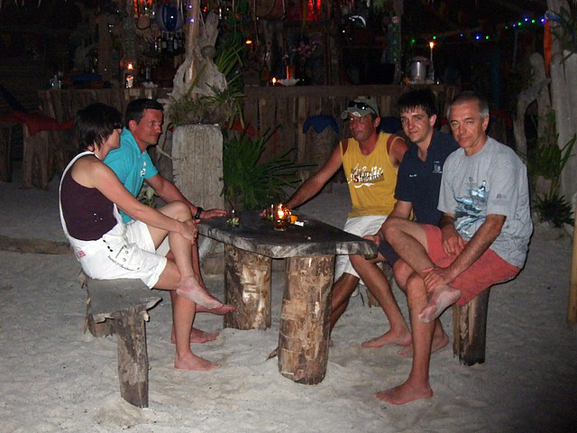 Our diving group enjoy the entertainment of the island