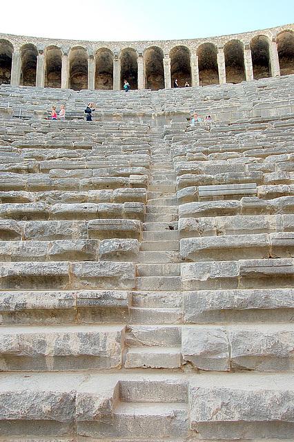 ŝtuparo Aspendos, antikva teatro