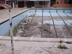 Abandoned (Pool)