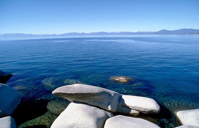 lake & stones