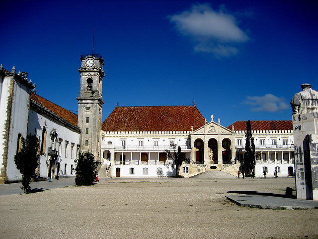 Coimbra, University court